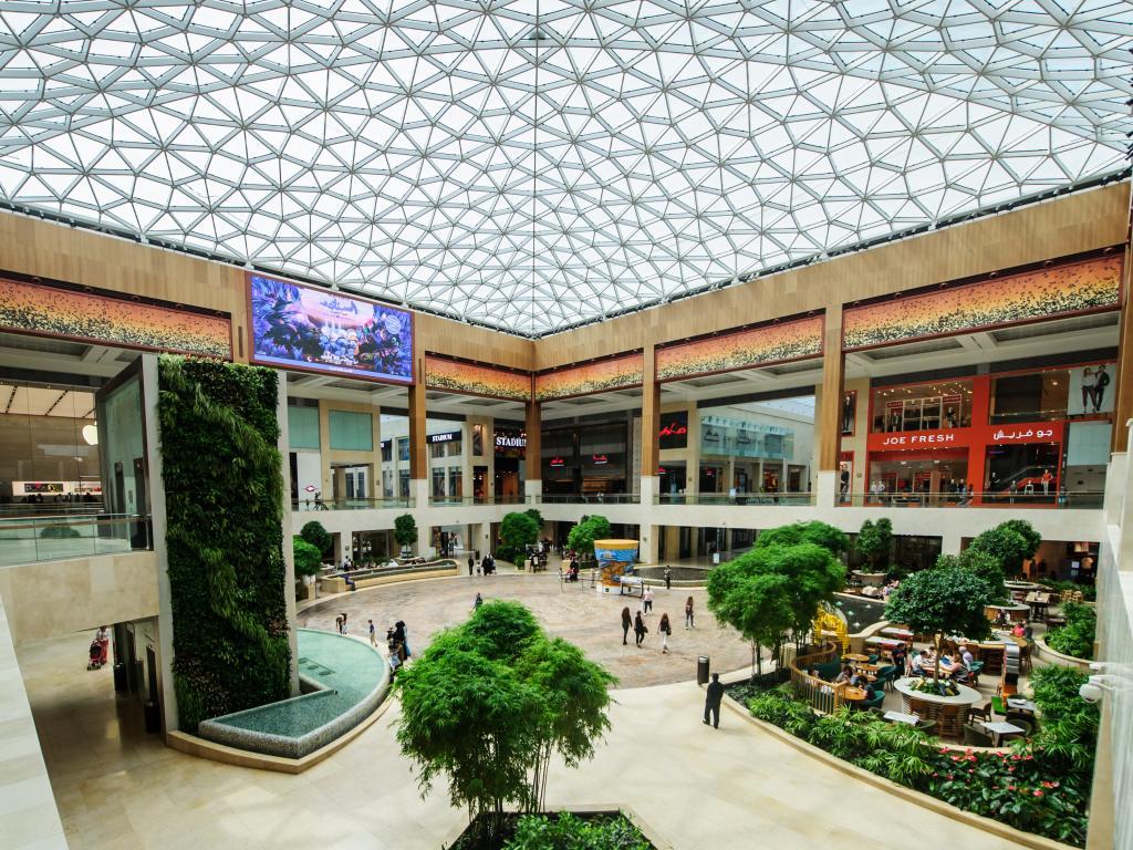 Geschäfte in der Yas Mall