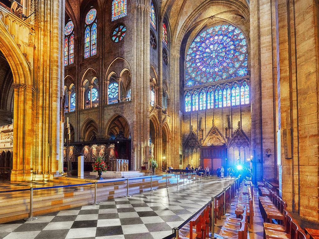 Der Eingang zu Notre-Dame de Paris