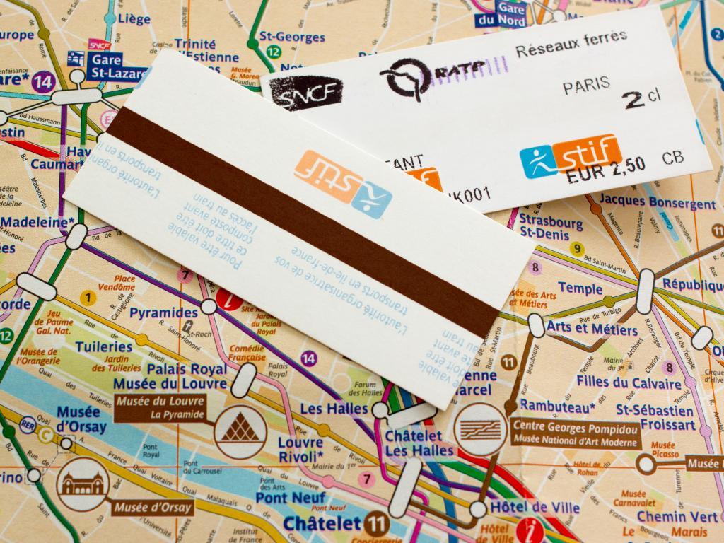 Fahrschein von der Metro Paris