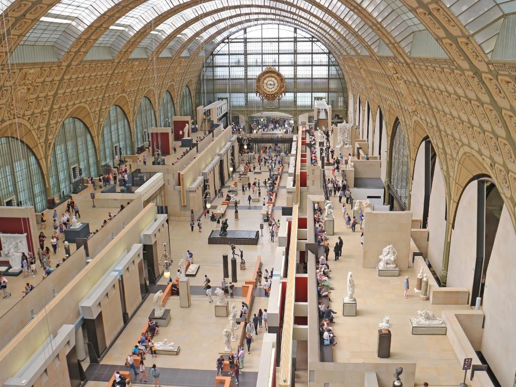 Beeindruckende Halle im Musée d'Orsay