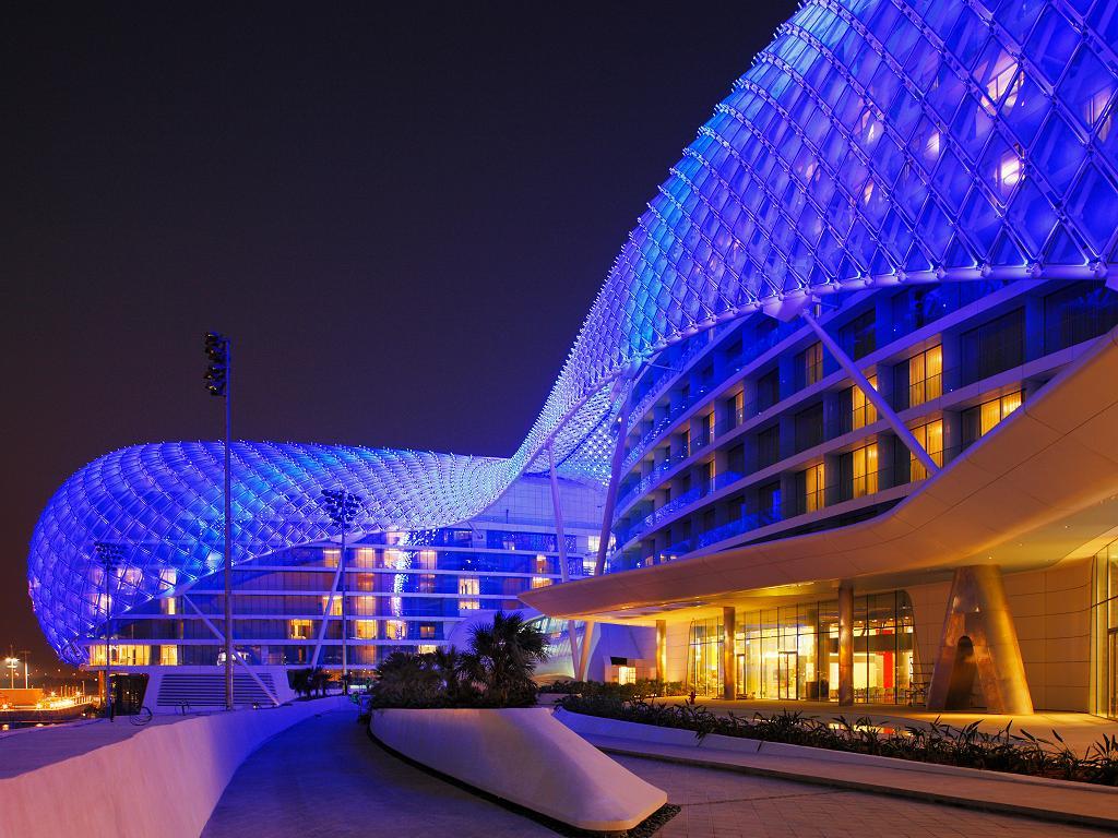 W Abu Dhabi Yas Island Hotel