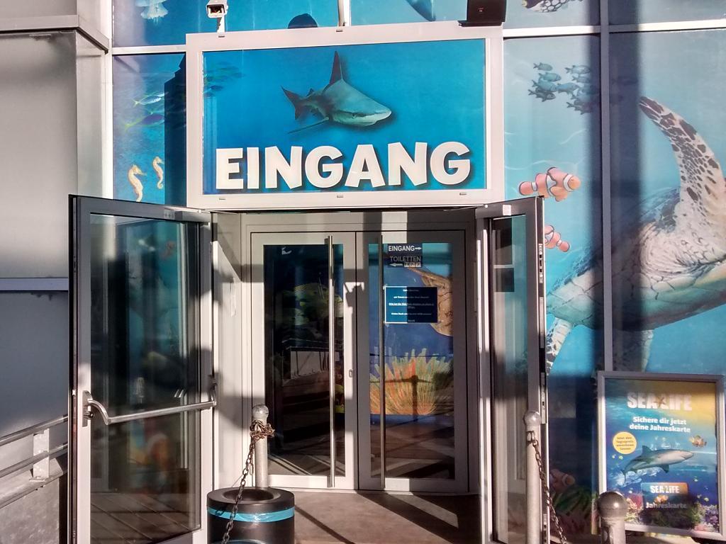 Der Eingang zum Sea Life