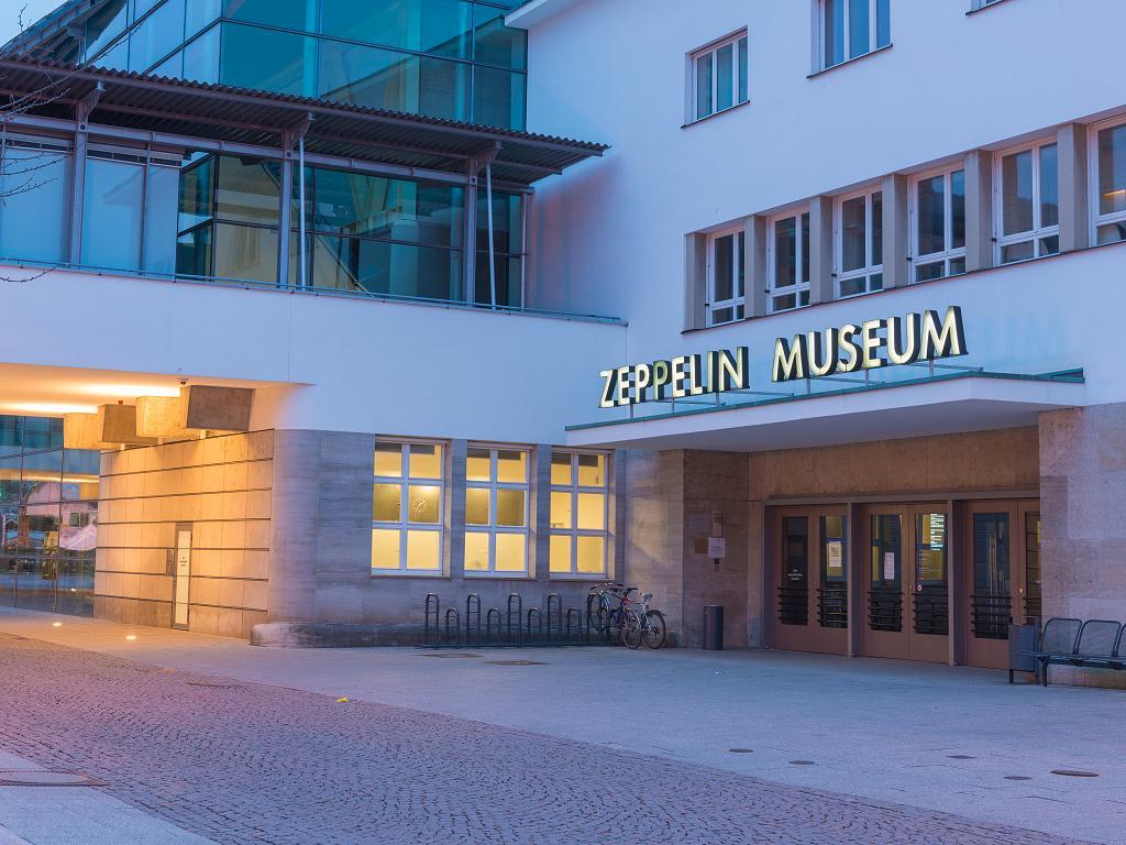 Der Eingang zum Zeppelin Museum