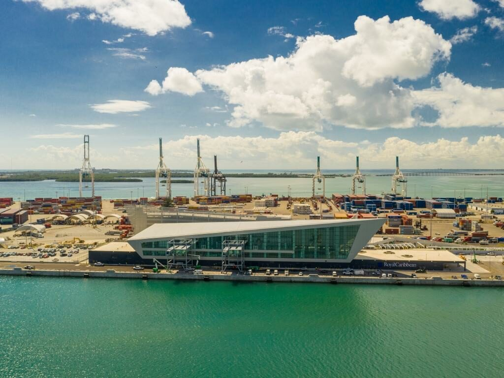 Miami Cruise Terminal A Crowne of Miami