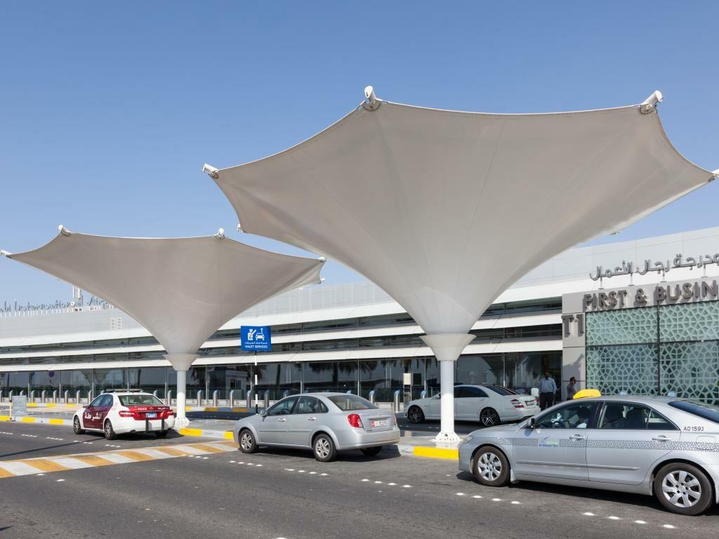 Taxi am Flughafen Abu Dhabi