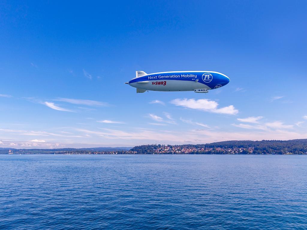 Der Zeppelin über dem Bodensee