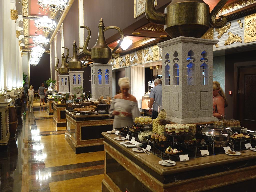 Buffet in einem Hotel in Dubai